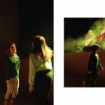 dzieci tańczące przed sceną
